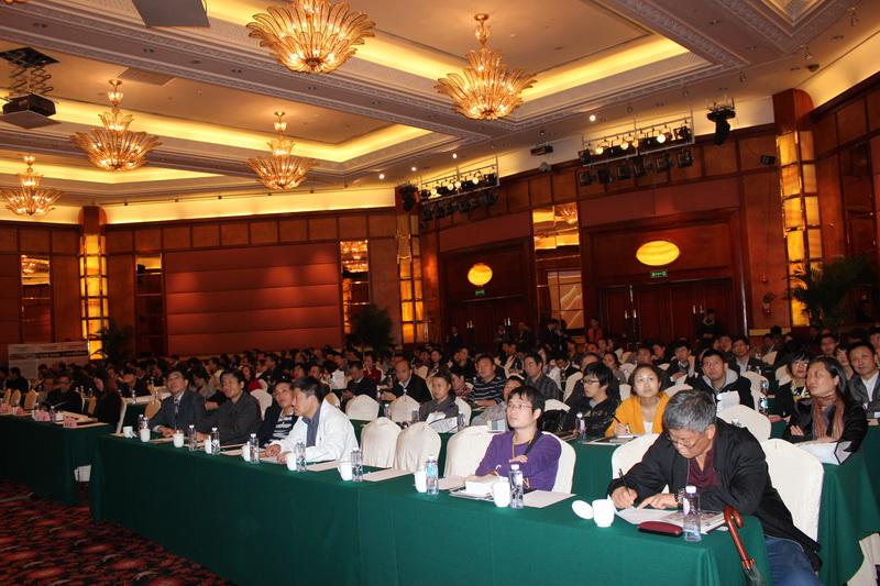来自深圳防水协会,设计院,房地产公司,建筑防水界的专家领导及媒体