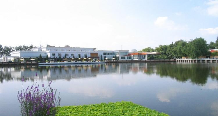 光大海韵丽都项目位于青岛市政府的前方,属于青岛西海岸都市